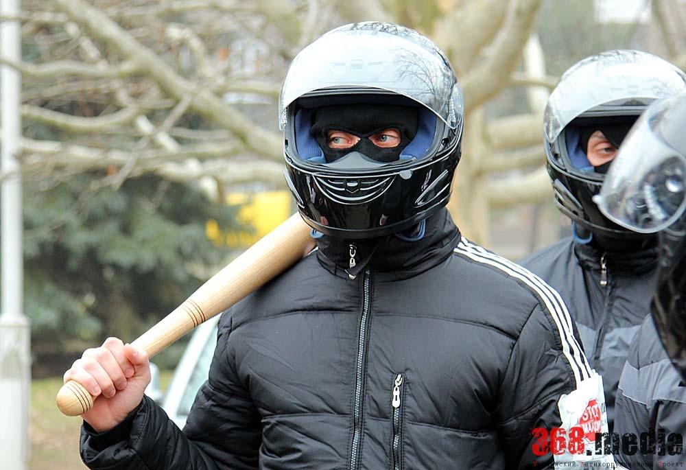 Заезжие антимайдановцы. Фото: dumskaya.net