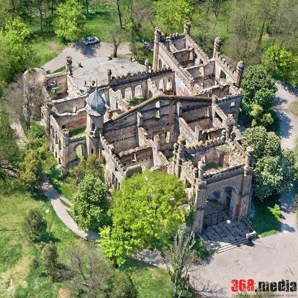Работы по восстановлению обрушенного фасада замка Курисов пока проводить нельзя — эксперт