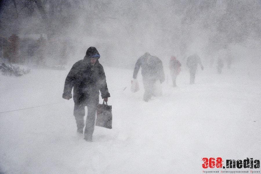 Первый пошел: за плохую уборку снега уволен глава Приморского района Одессы