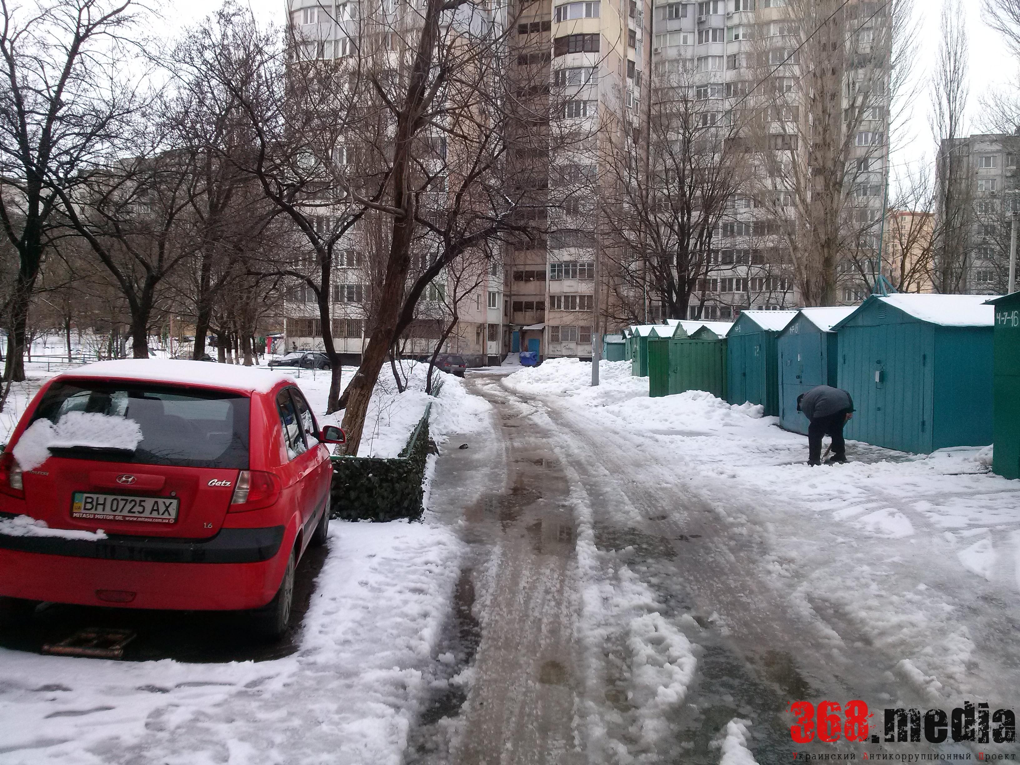 Одесские дворники убирают улицы «на бумаге»