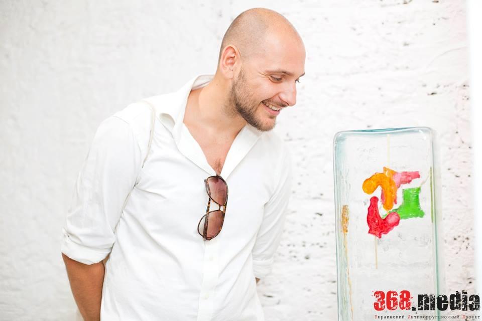 «Политики и чиновники не понимают перспектив современного искусства», – куратор арт-проектов Роман Громов