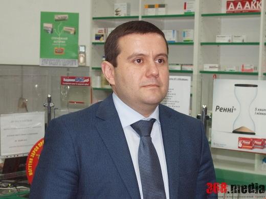 Чиновник Никогосян попал в горсовет благодаря дружбе с главой городского избиркома