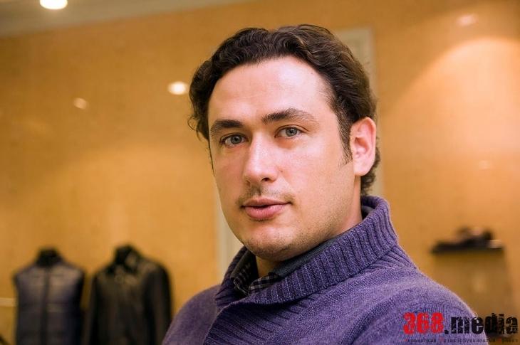 «Из оперы сейчас пытаются сделать шоу, как в кабаре» – заслуженный артист Украины Александр Цымбалюк