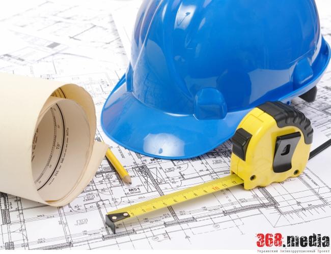 В Днепре фирма-подрядчик завышала стоимость материалов для реконструкции площади
