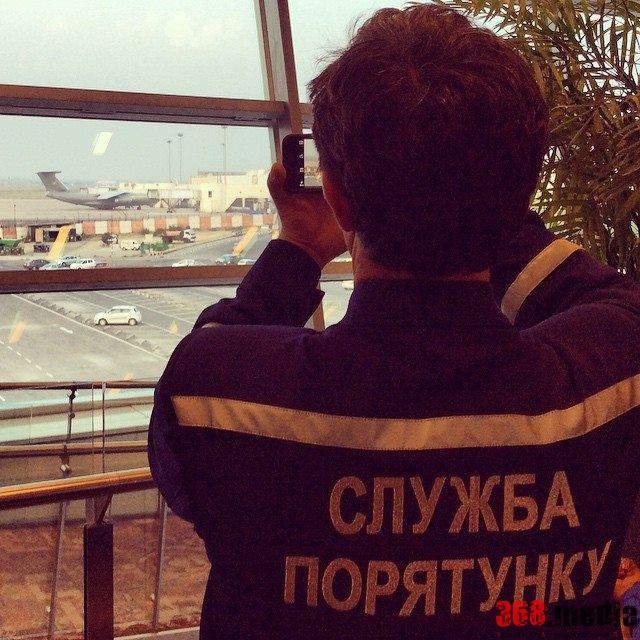 Глава ГСЧС Шкиряк превратил спасательную операцию в заграничный тур с любовницей (видео)
