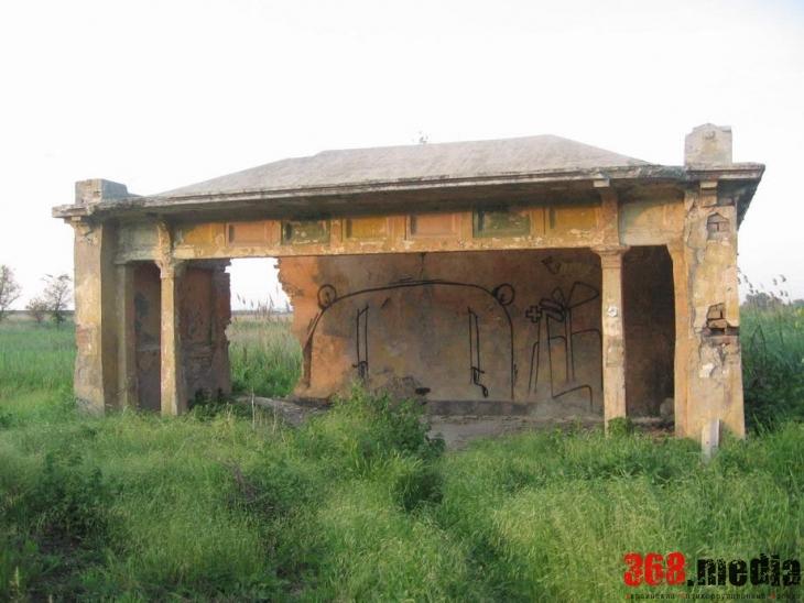 «Наследие» ЮНЕСКО: Одесский горсовет содействует уничтожению старинных бельгийских остановок