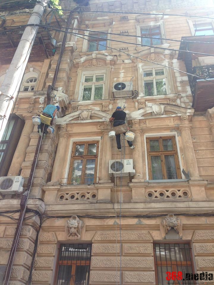 Горсовет разыграл тендер на реконструкцию «Всемирного клуба одесситов» между двумя депутатами