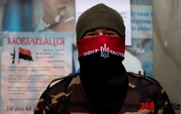«Правый сектор» перестал быть реальной силой: активистов оставили на «черный день»