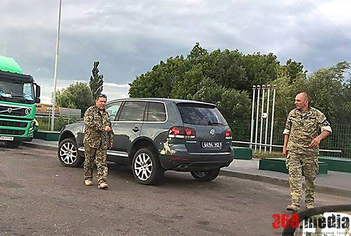 Муженко уволил пьяных киевских военкомов, напавших на женщину