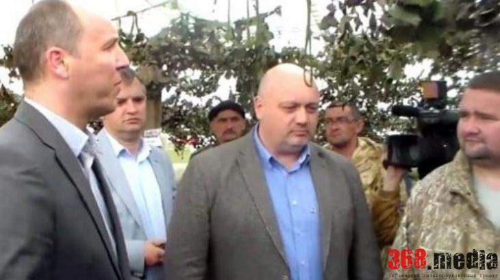 Котляр в центре. Фото: od-news.com