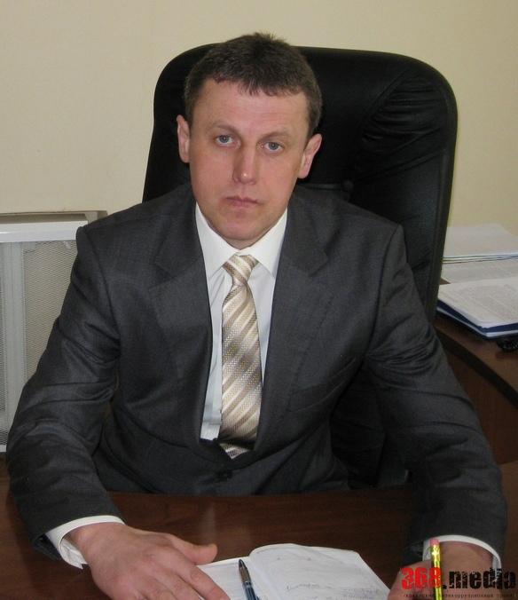 Скандальный руководитель района в Сумской области «подарил» фермерам 250 тысяч гривен