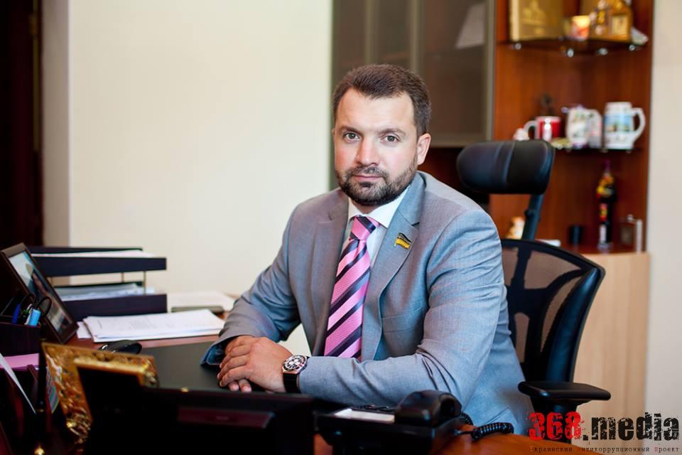 Глава комитета ФФУ Денис Манив застрелился из ружья (обновлено)