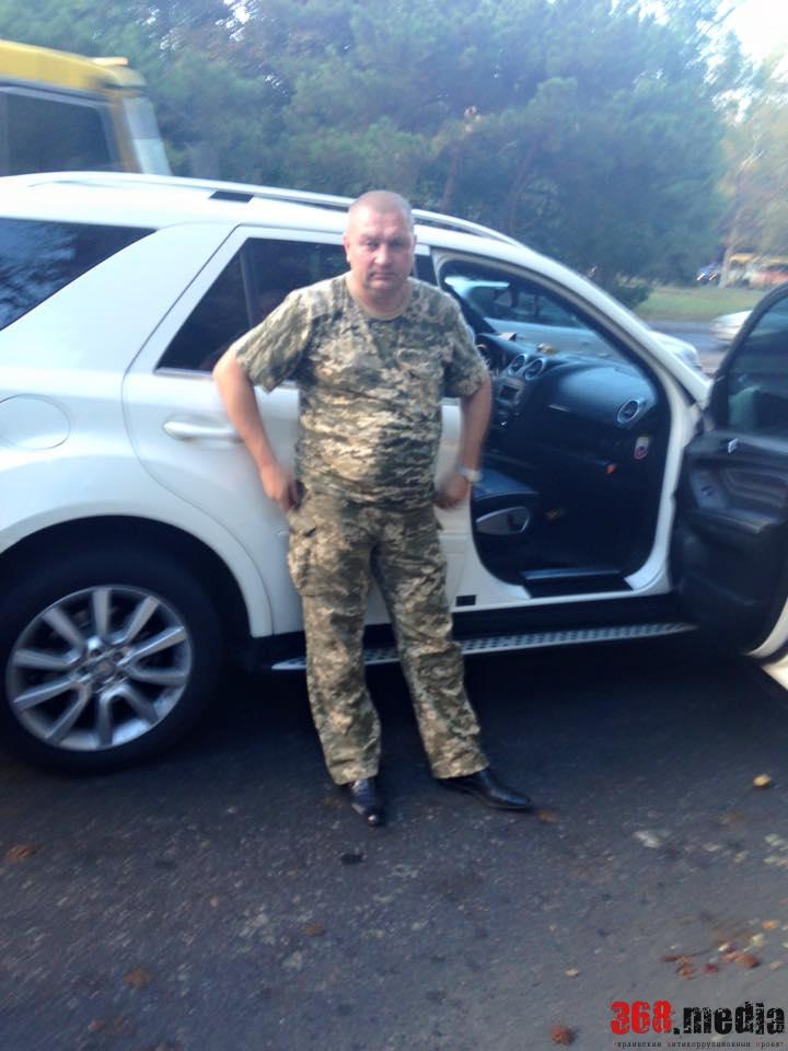 Пьяный комбриг ВВС возил собутыльника-генерала по Одессе на иномарке за 100 тысяч долларов