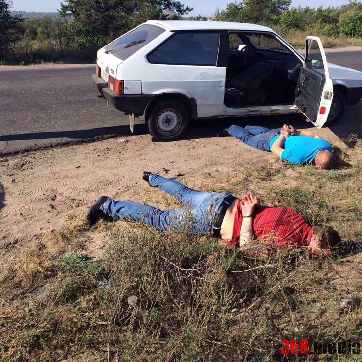 Два луганских милиционера занимались «рэкетом»