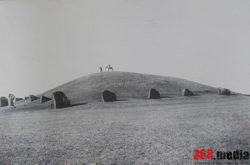 В Черниговской области фермеры незаконно захватили древний курган