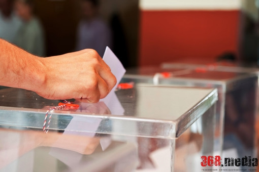 В Киеве наблюдатель попался на подкупе избирателей
