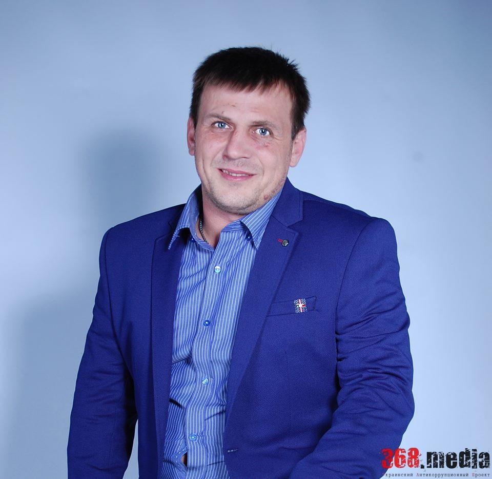 Лидер одесского «Автомайдана» скрывает знаменитый внедорожник и не имеет жилья