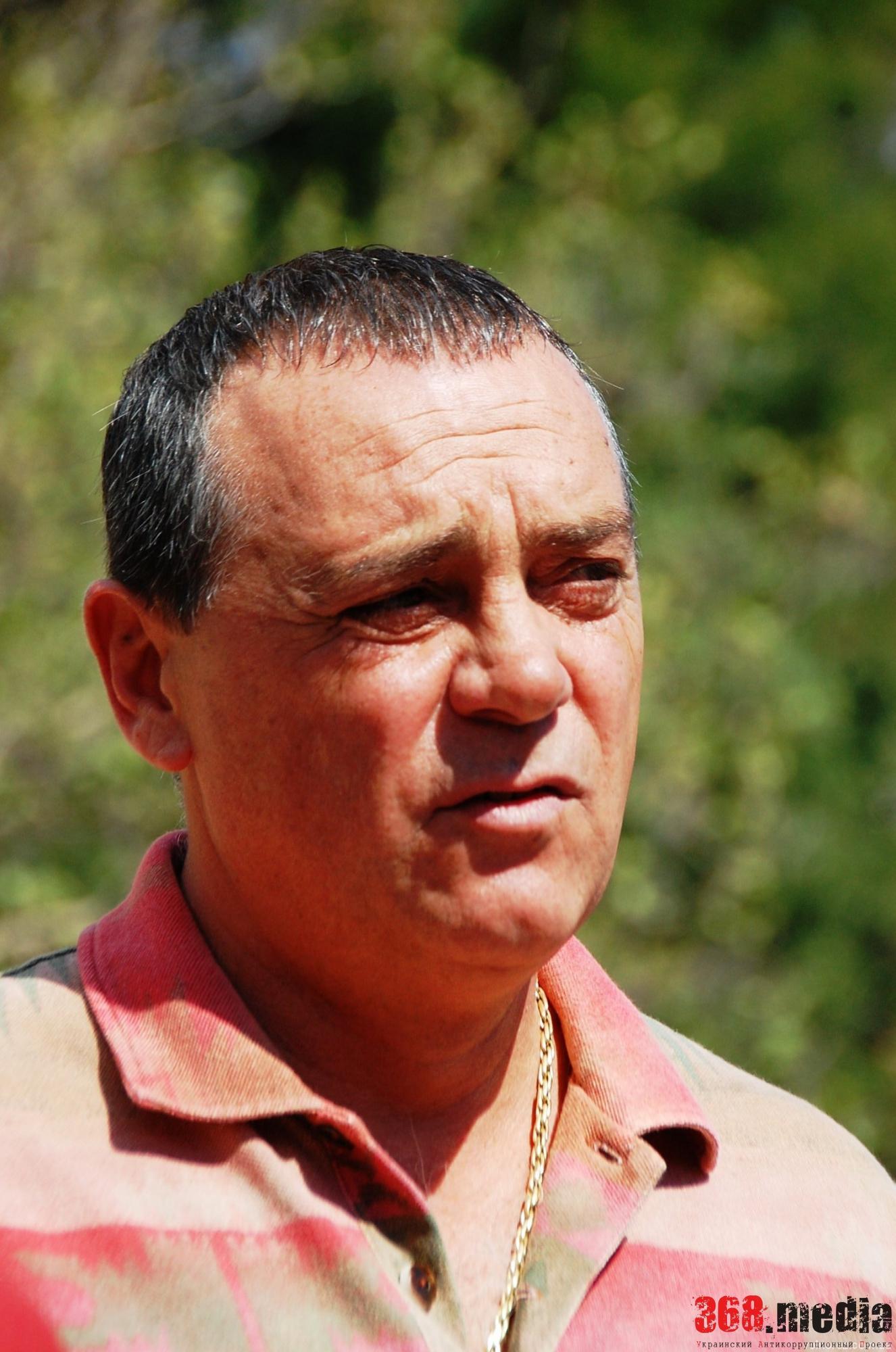 Глава Киевского района Одессы не имеет своего жилья и ездит на старой иномарке