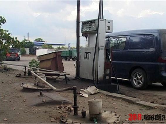 Начальник районного земкадастра в Запорожской области открыл нелегальную АЗС