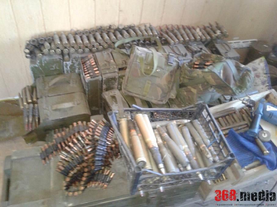 В Мариуполе задержали 17 вооруженных до зубов боевиков