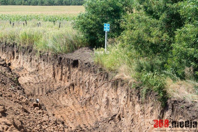 Одесские чиновники не помогают Нацгвардии рыть ров на границе с Приднестровьем