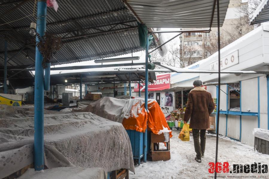 Одесский рынок-«убийца»: пустые торговые ряды и антисанитария
