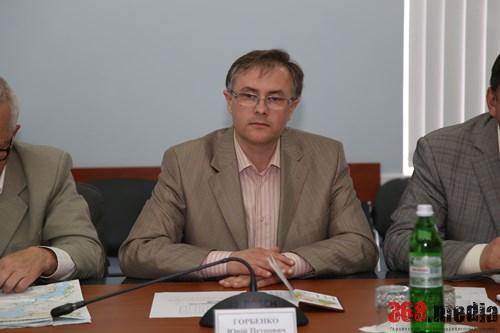 «Эффективный менеджер»: директор херсонской «Укрпочты» установил «откаты» для поставщиков