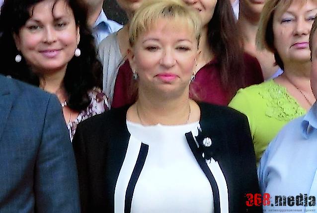 Глава миграционной службы Киева, помогавшая сепаратисту, награждена званием «Посол мира»