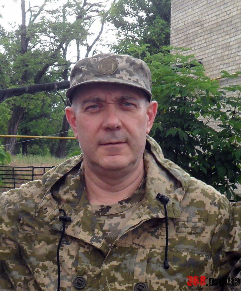 Глава житомирской полиции заработал втрое меньше семьи и владеет домом в элитном районе под Киевом