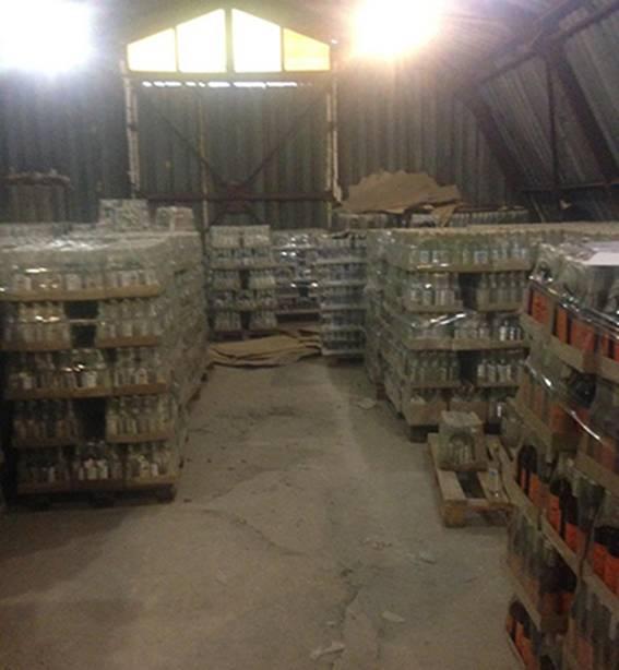 В Днепропетровской области нашли 96 тысяч литров паленой водки