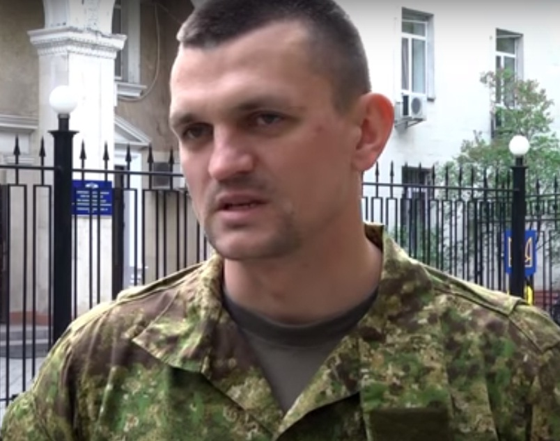 Дезертир ежедневно собирал до пяти тысяч гривен «пожертвований» в киевском аэропорту (видео)