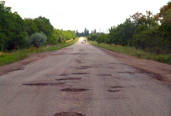 Одесская служба автодорог разыграла 114 миллионов гривен между фигурантами уголовных дел