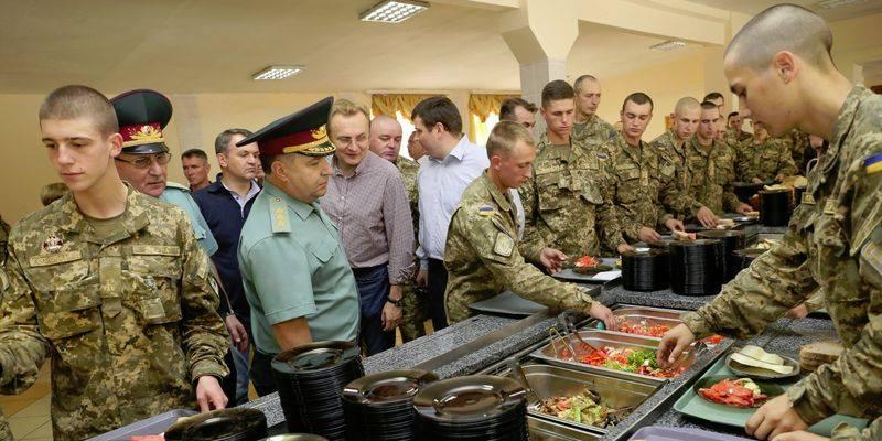 Система ProZorro не помогла: военных будут кормить сомнительные фирмы