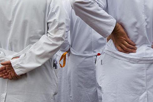 Группе врачей института рака Минздрава вручили подозрения из-за смерти пациента