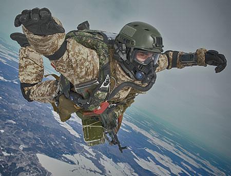 Военные купили негодные парашюты у фирмы, продавшей летчикам старые шины