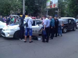В Одессе патрульные полицейские попались на взятке (обновлено, видео)