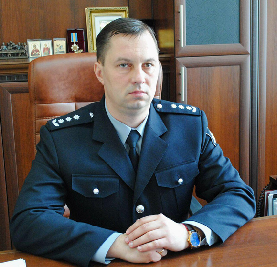У экс-главы одесской полиции проводят обыск