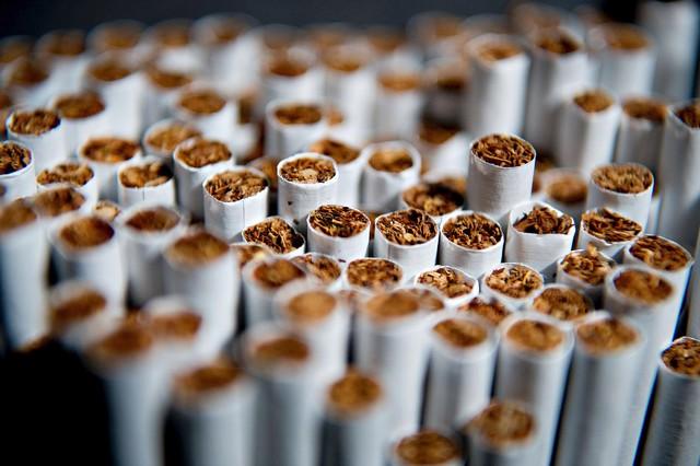 На фабрике в Днепропетровской области изъяли контрафактные сигареты на 200 млн гривен