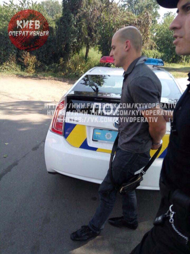 Киевский прокурор в невменяемом состоянии пытался «договориться» с патрульными