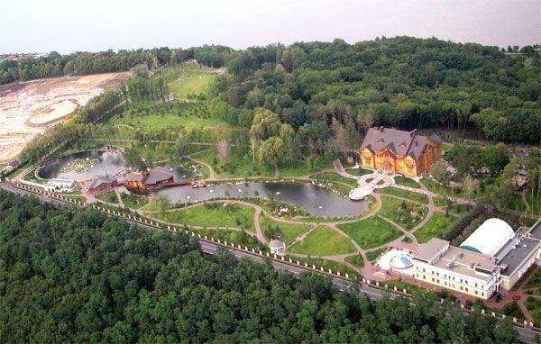 Ющенко отвергает обвинения о сговоре с Януковичем для растраты 540 млн гривен