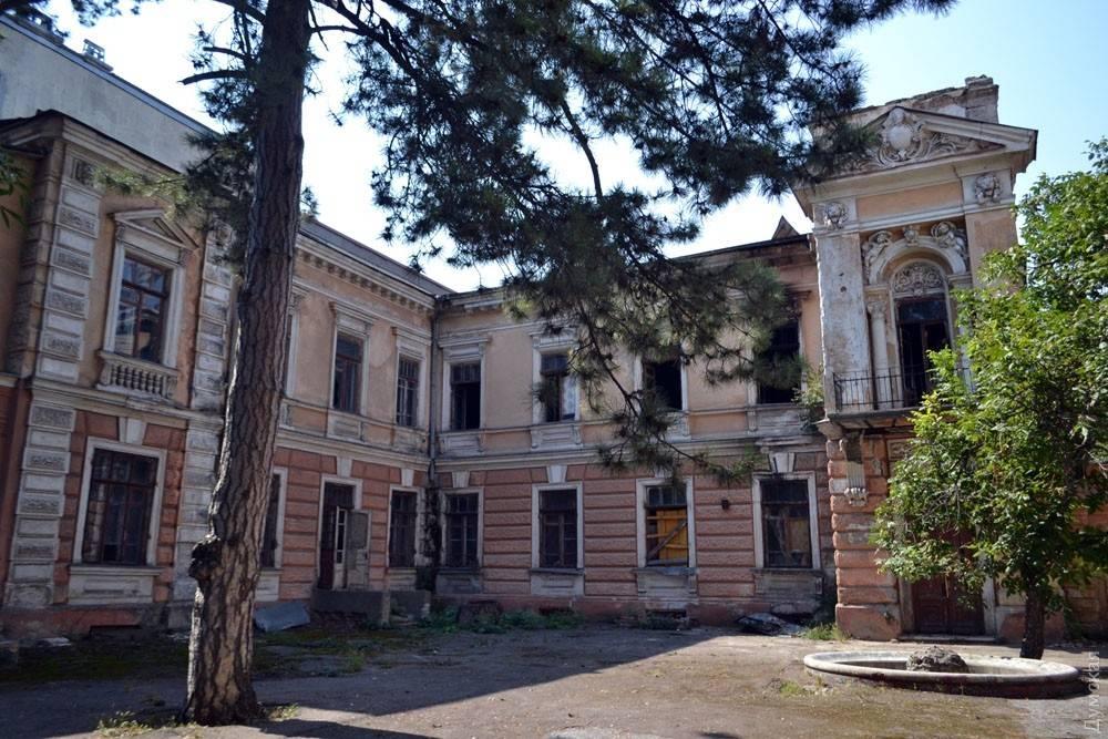 Старинный одесский особняк пал жертвой чиновников и судей: после пожара последует снос