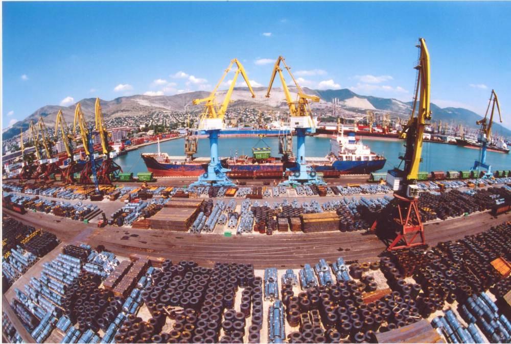 Руководство Черноморского порта незаконно позволило частнику взять под контроль паромный комплекс