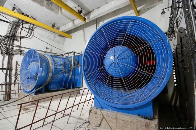 Полиция расследует коррупционную закупку вентиляторов для метро Киева