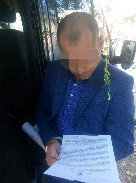 Начальник отделения полиции раз в месяц получал от воров 50 тысяч гривен