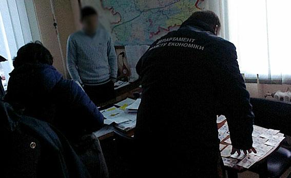 Николаевский энергетик добивался  22 тысячи грн  заподключение