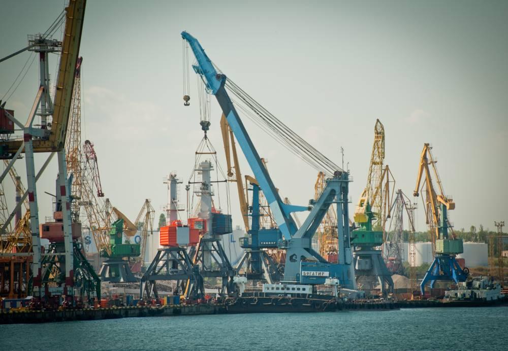 Убыточная сделка: часть Черноморского порта сдали в аренду по коррупционной схеме