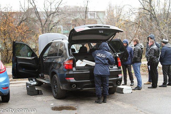 Бандиты ограбили квартиру запорожского прокурора и уехали на его джипе