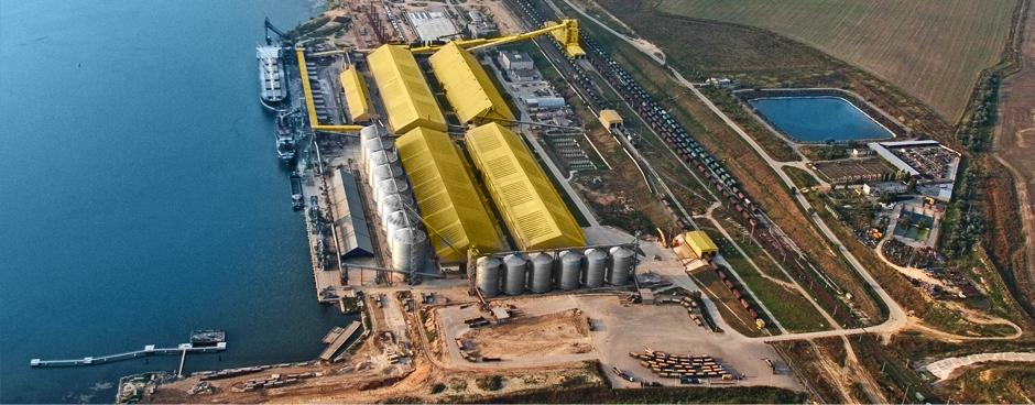 Портовые махинации МИУ: частные компании незаконно получают миллионы долларов