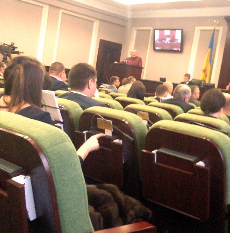 Неизвестная девушка голосовала вместо депутата Киевского облсовета