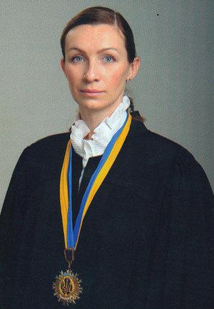 Судья Высшего хозсуда получает доход от посольства США